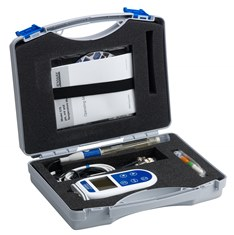 550 pH meter in handy carry case, supplied with probes